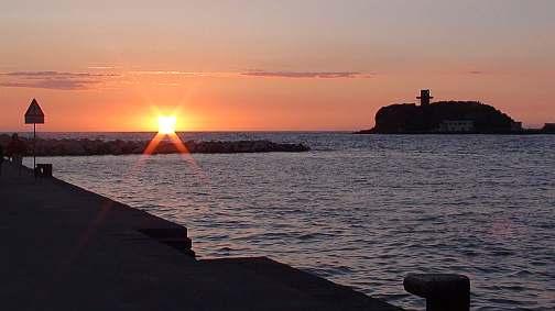 vespucci-acquamorta-tramonto