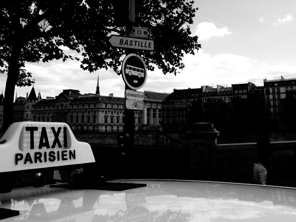 taxi-1130814_960_720
